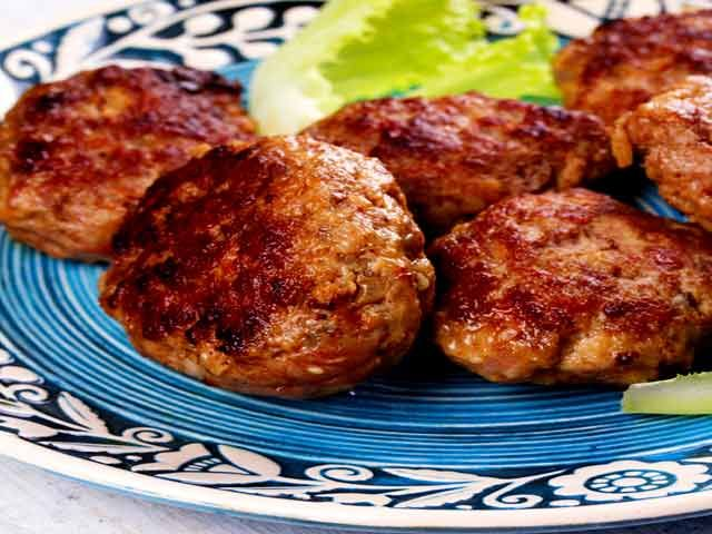 Shikampur Kebab with Parantha