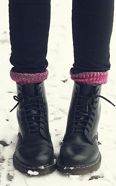 Snow day must-haves: Dr. Martens, cozy socks and big sweaters #winter #style #ideas #fashion #cool #boots #luana