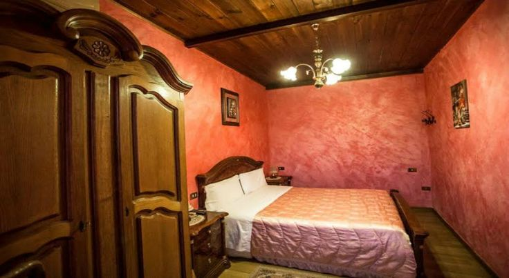 Camere luminose e confortevoli e benessere Umbria: Piscina Panoramica - Agriturismo Benessere Country House a Trevi