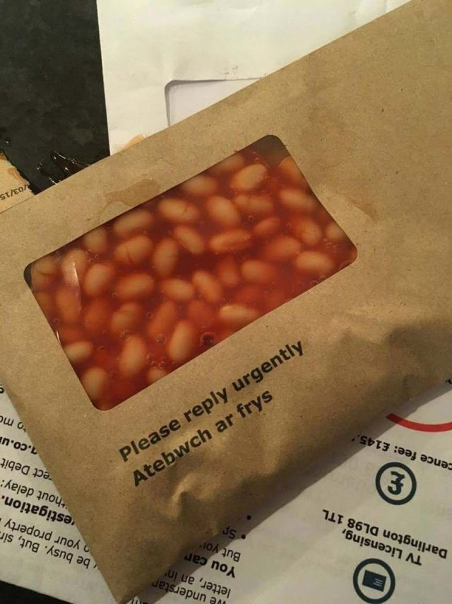 28 Cursed Images For When You Re Thinking About Thos Beans In 2020 Food Memes Beans Image Food