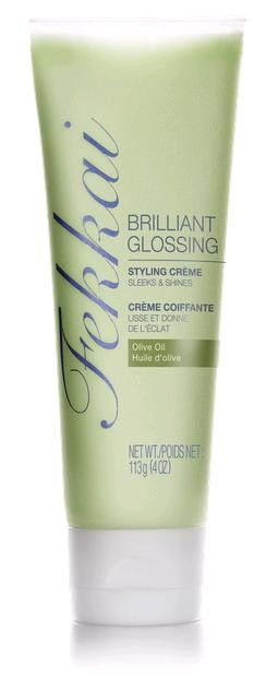 Transform hair texture so it can truly shine. This lightweight glossing cream with the brilliance of an oil lavishes hair with rich radiance to leave it smooth and glowing with vibrant shine.