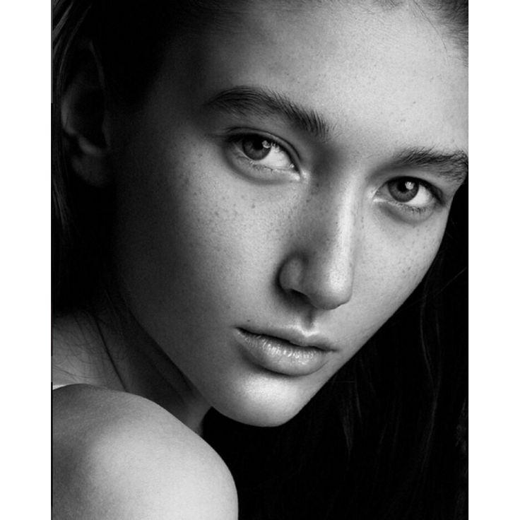 Anya by Nina Laricheva