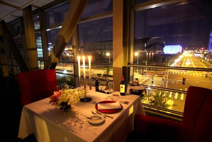 Romantic Dinner Wallpapers, Romantic Candle Light Dinner Wallpapers - Learn to have more great date nights at http://peaklifelink.com/