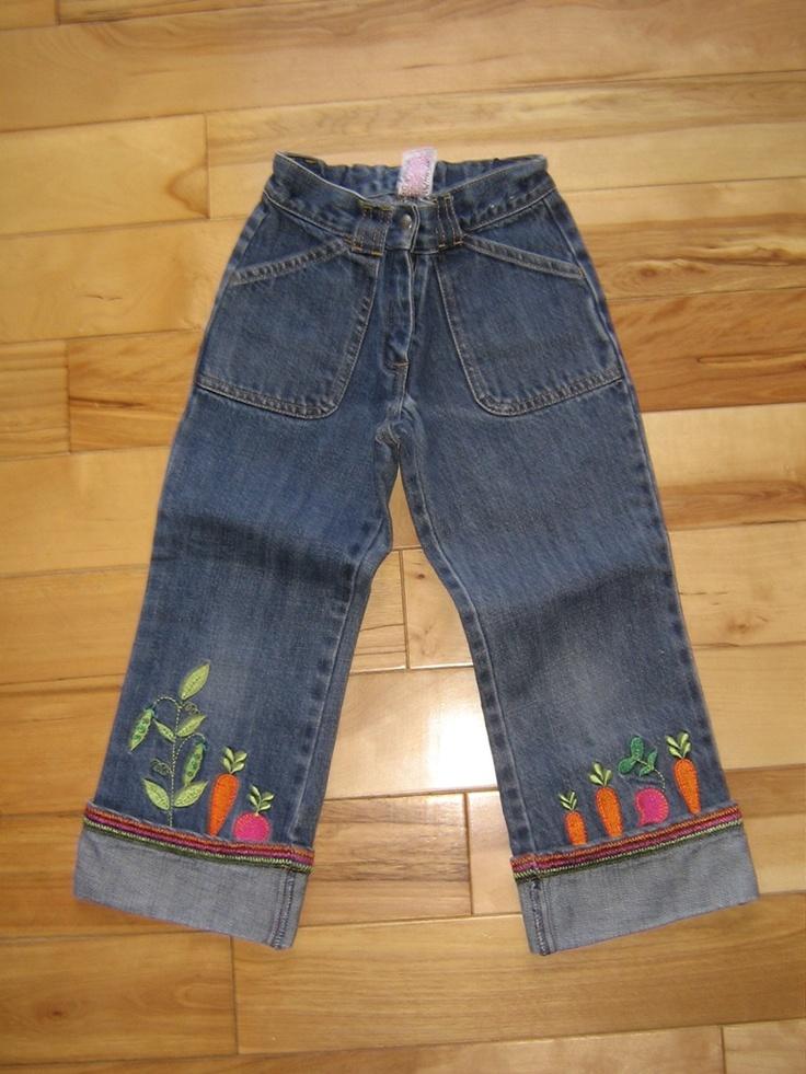 GYMBOREE GROWN WITH LOVE DENIM CAPRIS PANTS 6 EUC (from the December '04 line)   $8.00