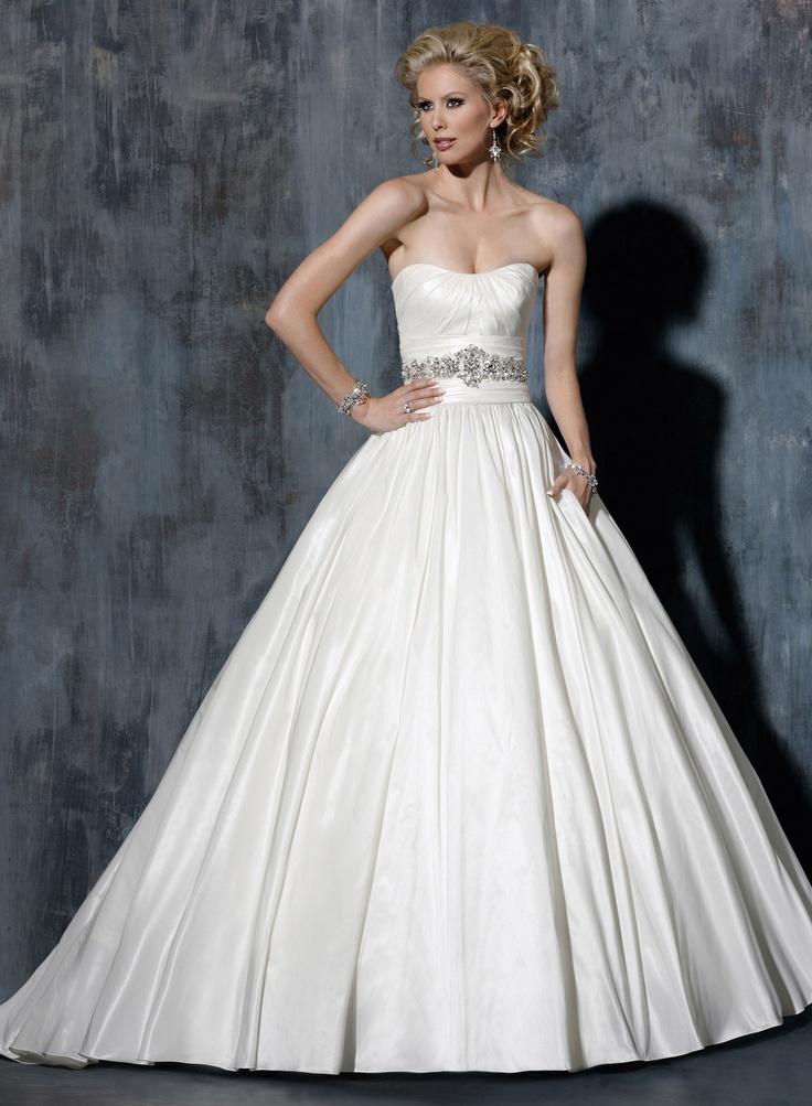 16 best Свадебная мода images on Pinterest | Homecoming dresses ...