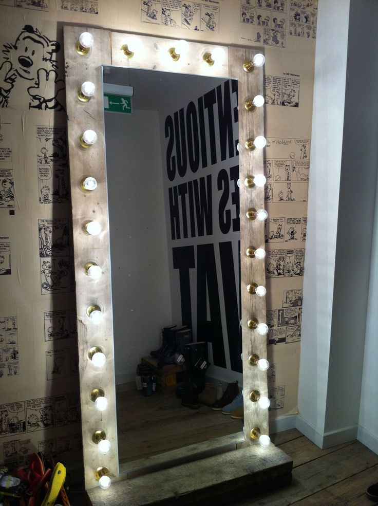 Diy Vanity Mirror With Lights, Big Standing Mirror With Light Bulbs