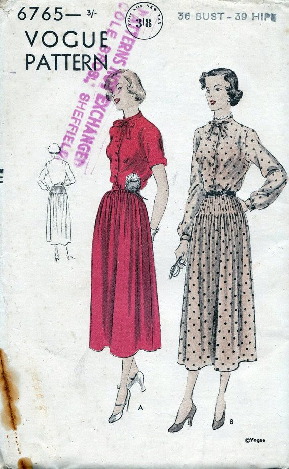 40s Vogue sewing patterns 6765 - Smart day dress pattern - skirt - Bust 36 inches - factory folded. One-piece Dress. Two-piece skirt, gathered or tucked