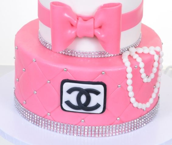 Paris Baby Shower Cake: Best 25+ Coco Chanel Cake Ideas On Pinterest