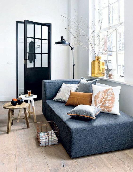 Idée d'intérieur salon chic avec canapé → touslescanapes.com