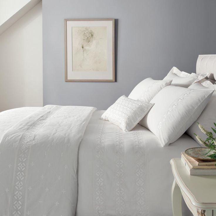 Catherine Lansfield Windsor White Embroidered Duvet Quilt Cover Bedding Set