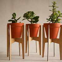 Standing planter 5