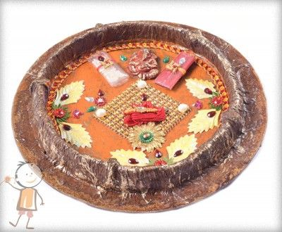 Rakhi Thali - buy online #decorated #rakhi #thali HANDCRAFTED ORANGE RAKHI THALI, surprise your loved ones with roli chawal, chocolates and a greeting card as it is also a part of our. http://www.bablarakhi.com/send-rakhi-thali-online/1235-send-handcrafted-orange-rakhi-thali.html