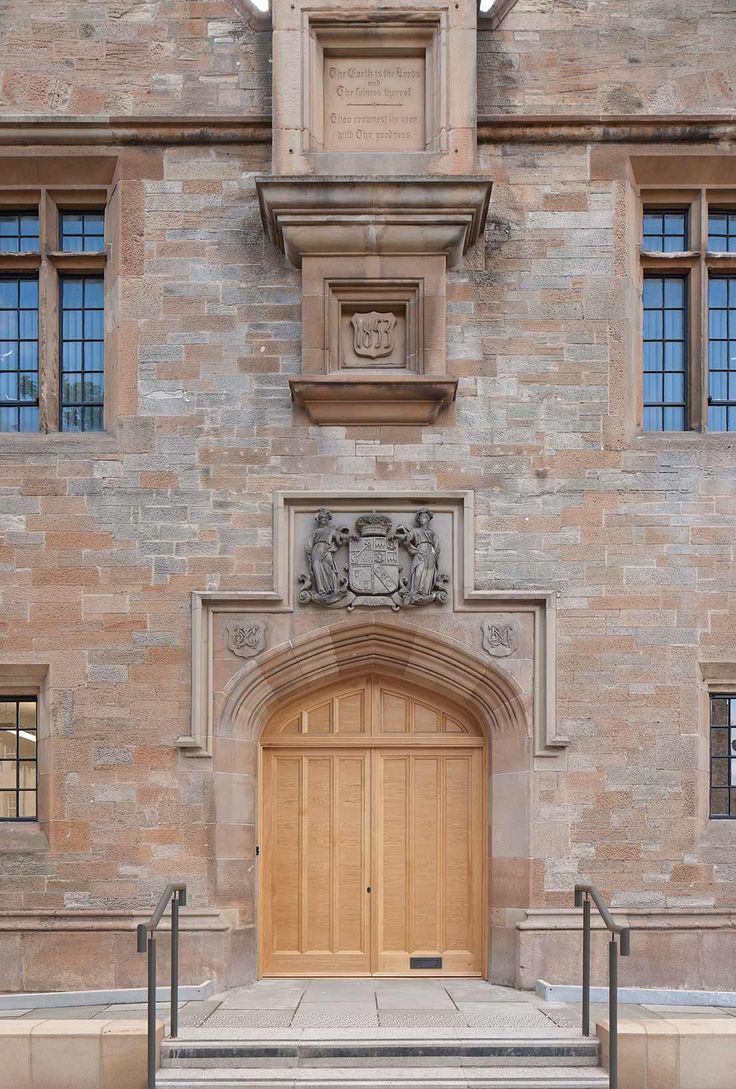 A Grade-A 19th Century Jacobean-style hall, which has undergone a full refurbishment to provide office, exhibition and museum space, along with hard landscaping. Part funded by Historic Scotland and the Heritage Lottery Fund, the project sympathetically integrates renewable technologies including GSH and photovoltaic panels.