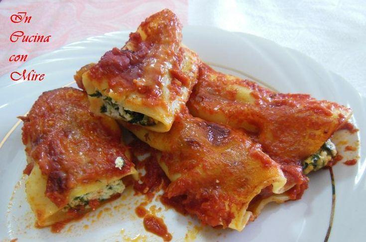 #ricettebloggerriunite #gialloblogs #ricetta Cannelloni con ricotta e spinaci | In cucina con Mire