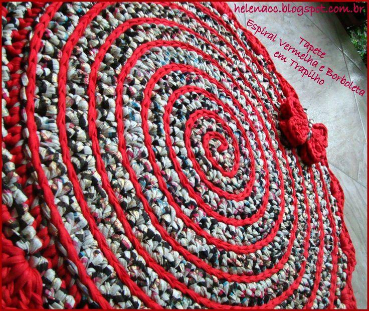 EU+TAMBÉM+CROCHETO...:+Tapete+em+Espiral+Vermelha+e+Borboleta+em+Trapilho...