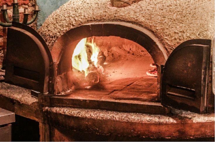 #Pizzas con autentico sabor a Horno de Leña!!!