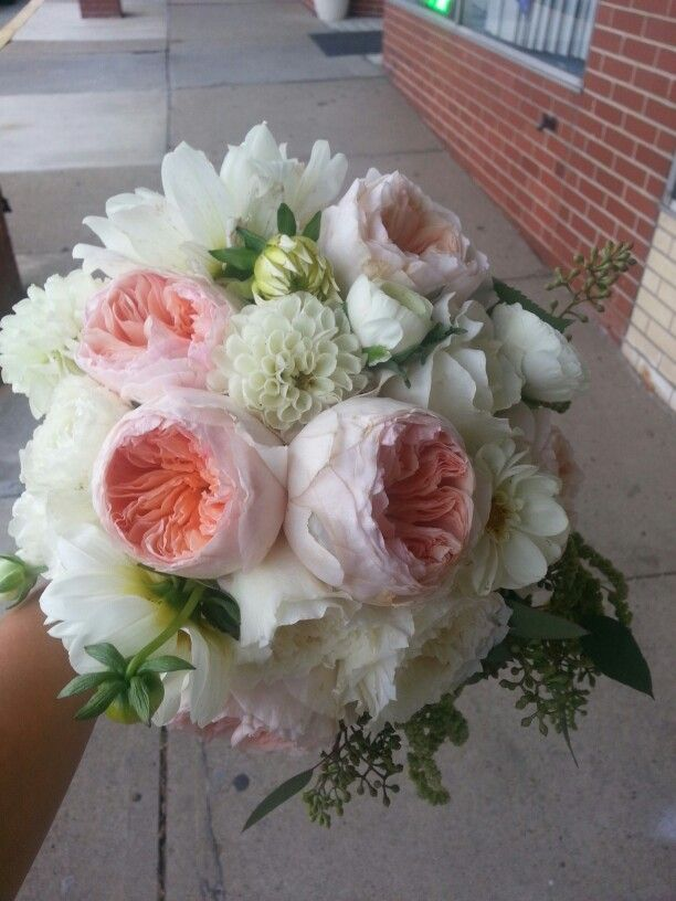 austin wedding flowers david juliet roses bouquet bouquets bouquet 1396