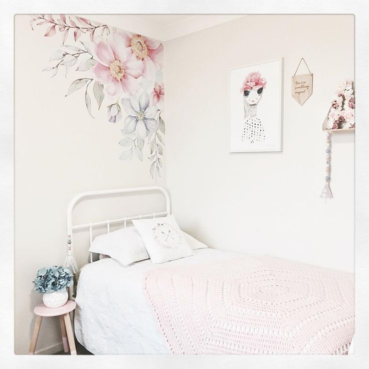 """117 Likes, 16 Comments - Interior Decorating (@jayde.style) on Instagram: """"🌼🌷🌸 . . . . #jaydestyle #jaydestyleinteriordecorating #interiordecor #interiordecorating #homedecor…"""""""