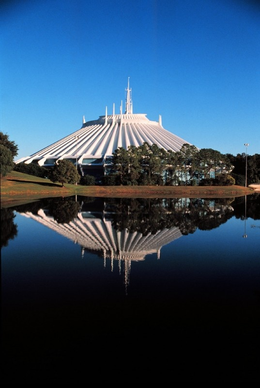 Space Mountain - Magic Kingdom - Walt Disney World Resort