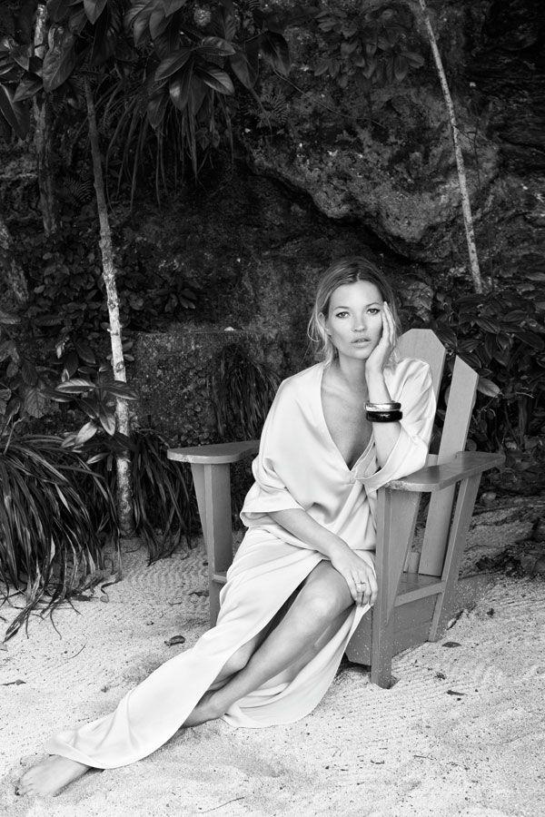 Love how stylishly comfortable this dress looks...    #fashion #katemoss #fashionblog