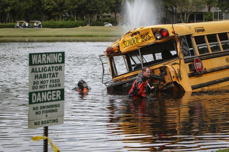 Plus de peur que de mal: à Odessa, en Floride, les occupants de ce bus scolaire ont eu de la chance. Les 27 enfants se trouvant à bord et le chauffeur ont survécu à l'accident qui a précipité le bus dans un lac, faisant seulement quelques blessés légers.