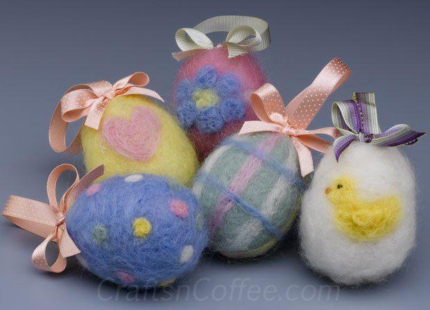 Easy felting tutorial for Easter eggs
