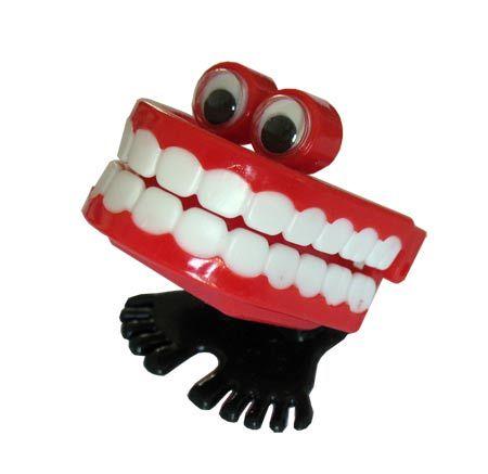 Comment nettoyer un appareil dentaire...    Peut-être vous êtes-vous posé(e) la question, que ce soit pour vous même ou pour l'un de vos p...