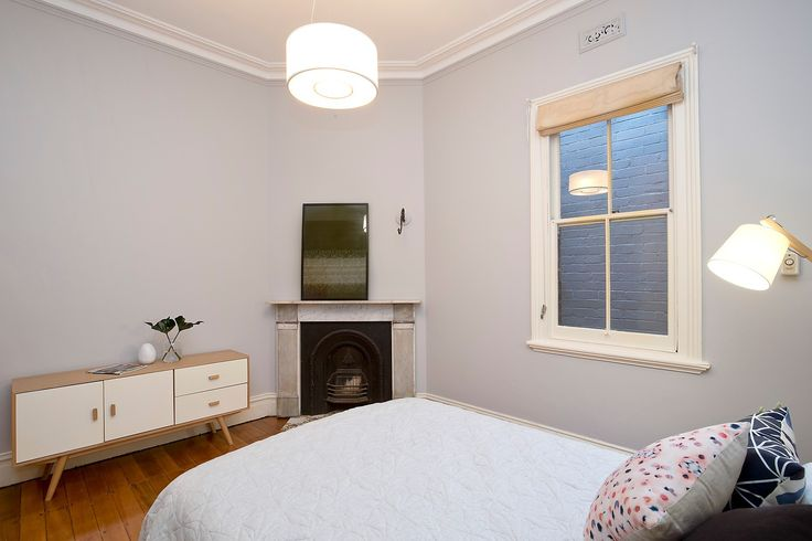 Double bedroom with fireplace