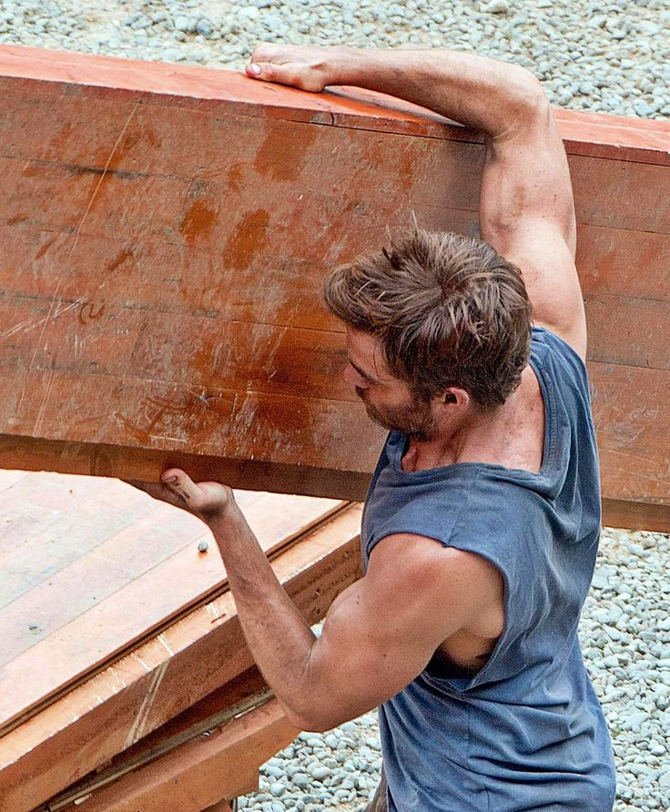 Chris Pine Casually Looking Perfect In A Tank Top