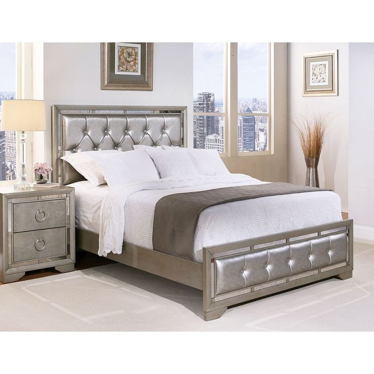 Abbyson Valentino Mirrored and Tufted Leather Queen Bed (Antique Silver) (Bonded Leather)