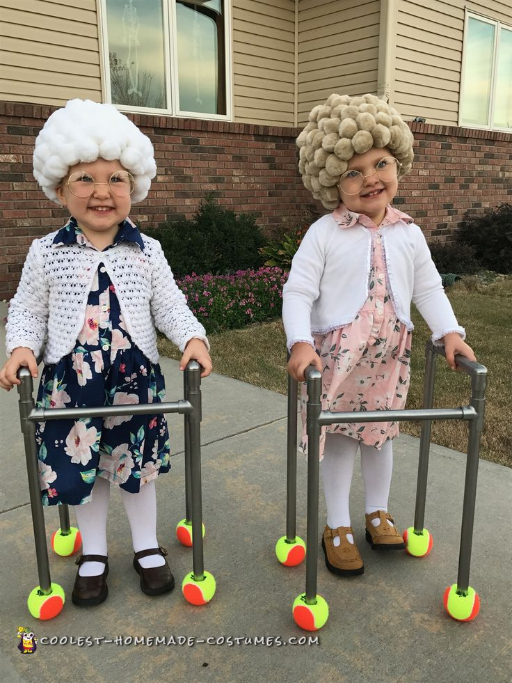 easy diy adorable twin old ladies easy costumeshomemade costumeshalloween costumescostume - How To Make Homemade Costumes For Halloween
