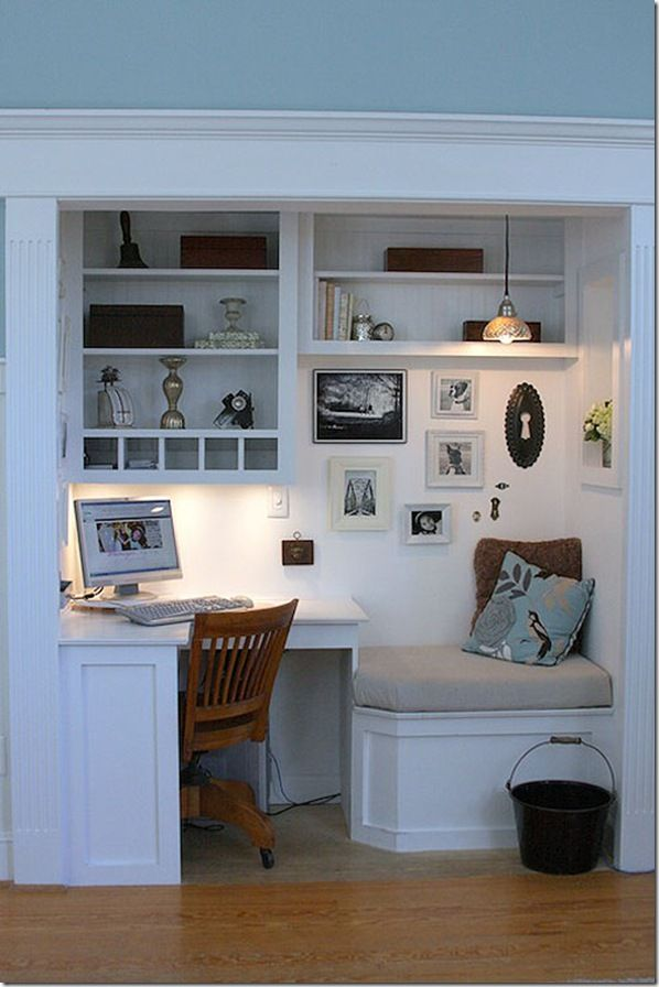 Desk and reading nook: Idea, Built In, Workspace, Home Office, Closet