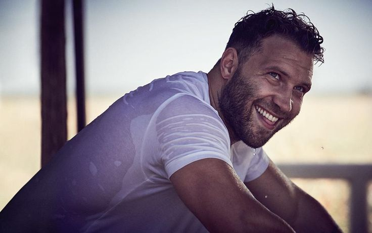 Jai Courtney-GQ Australia April 2017
