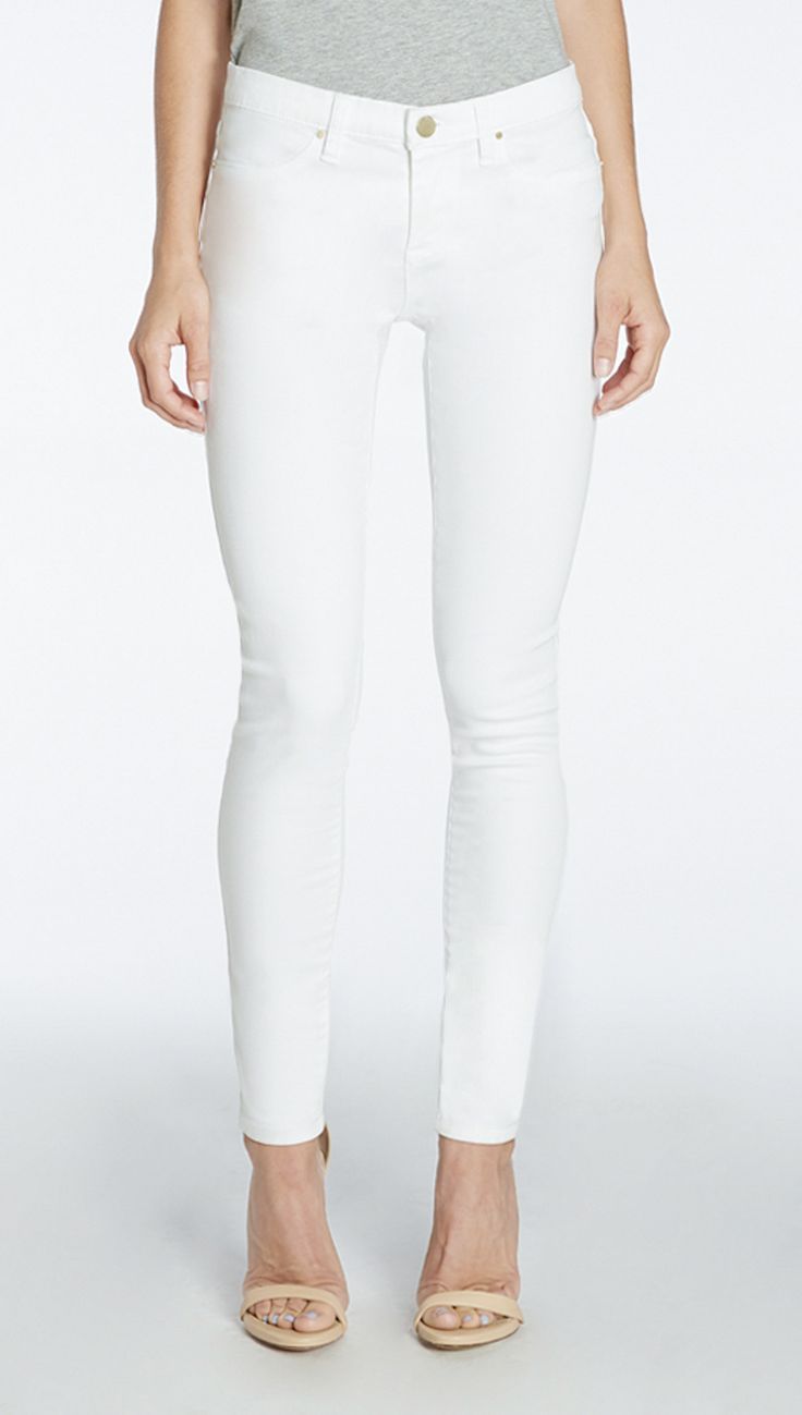 Why everyone is losing their minds over these top-rated (and under-$100) white skinny jeans