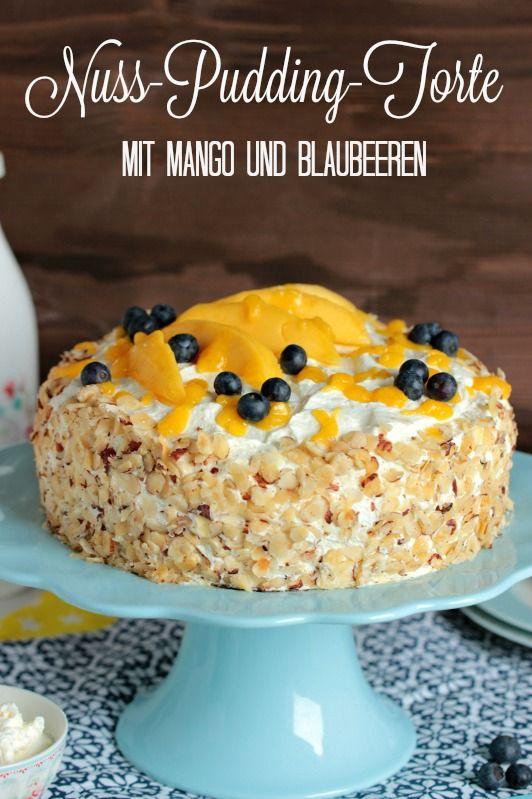Saftige und fruchtige Nuss Pudding Torte mit Mango. Das Rezept ist super einfach. Vielleicht auch für eure Kaffeetafel. Als Osteridee oder für andere Feiern.http://sasibella.blogspot.de/2016/03/nuss-pudding-torte-mit-mango-glutenfrei.html