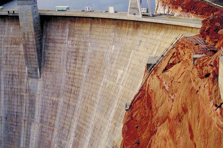 Actividades de energía hidroeléctrica para niños. El agua ha sido utilizada durante mucho tiempo como fuente de energía. De hecho, la energía hidroeléctrica es una de las fuentes más antiguas del mundo de energía (que fue utilizada por los antiguos egipcios para moler granos ya en 250 a.C.). La ...