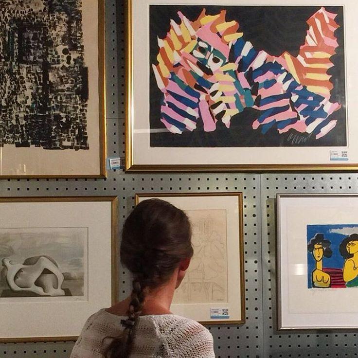 Internasjonal grafikk auksjon startet på nett i dag. Priser fra kr. 1500. Besøk oss gjerne i Lilleakerveien 14, eller klikk deg inn på vår nettauksjon.  #kunst #art #grafikk #prints #internasjonalgrafikk #ferdinandleger #karelappel #pablopicasso #antonitapies #henrimatisse #mimmopaladino #rolfnesch #blomqvist #blomqvistnettauksjon #blomqvist_auksjoner