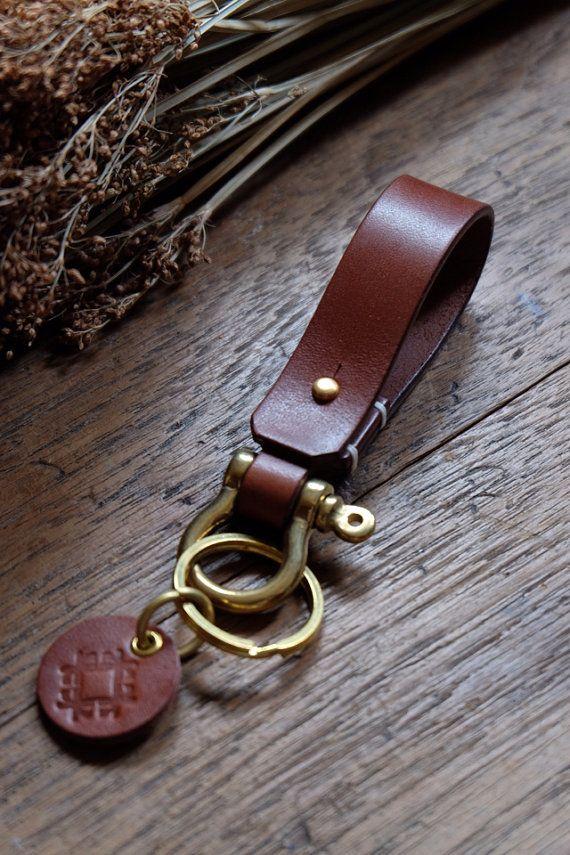 Leder-Schlüsselanhänger mit Schäkel Messing, Männer Keychain Schlüsselband Gürtel, Leder-Geschenk,
