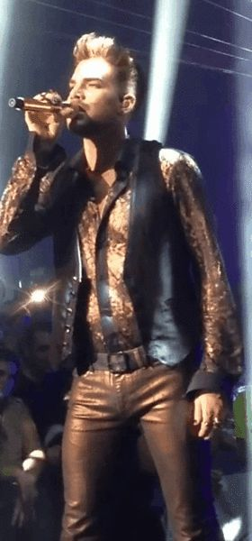 Adam Lambert performing with Queen GIF  http://lilybop.smugmug.com/Other-31/MD/i-XmJZMcL/0/L/GIF%20WWTLF%206%20MD%20patty%20potts%20lilybop-L.gif
