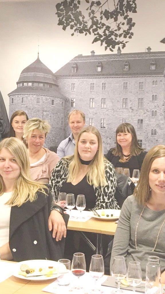 Bland slott och torn – en vinprovning med känsla för historia. #Vin #Vinprovning #Örebro #Örebroslott