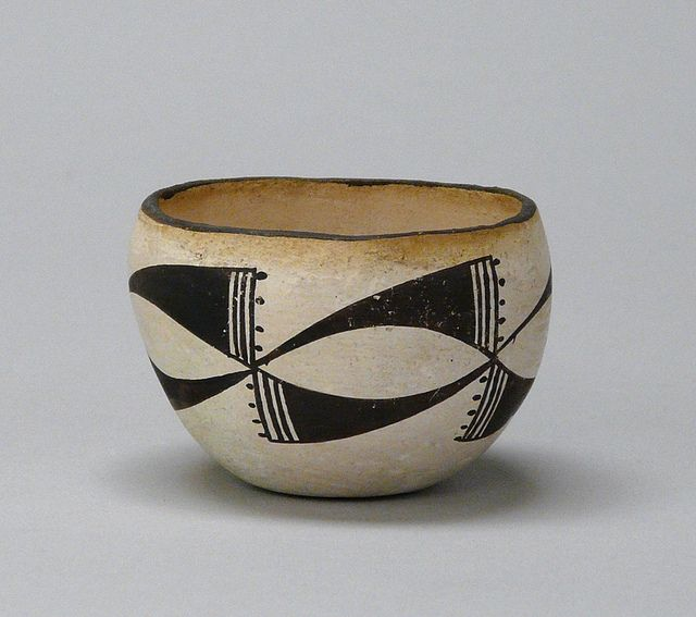 Acoma | Untitled bowl, n.d.; earthenware, slip; Gift of Frieda Bradsher