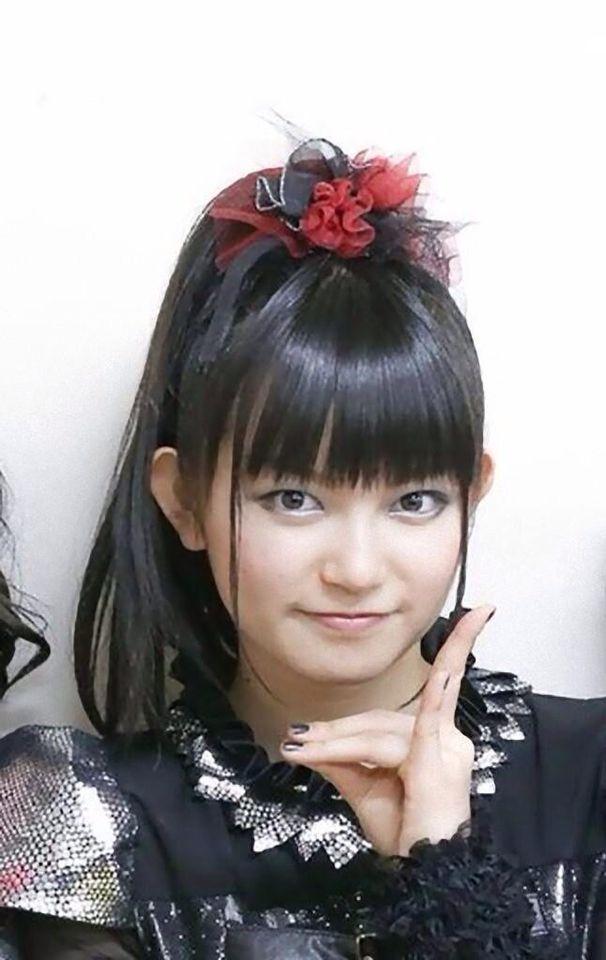 K's up (Kitsunes up) for our goddess Suzuka Nakamoto (Su-metal)