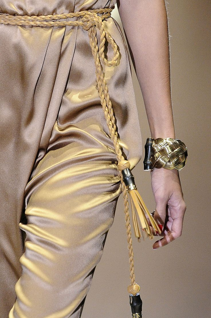 Gucci Spring 2011 RTW - Details - Fashion Week - Runway, Fashion Shows and Collections - Vogue
