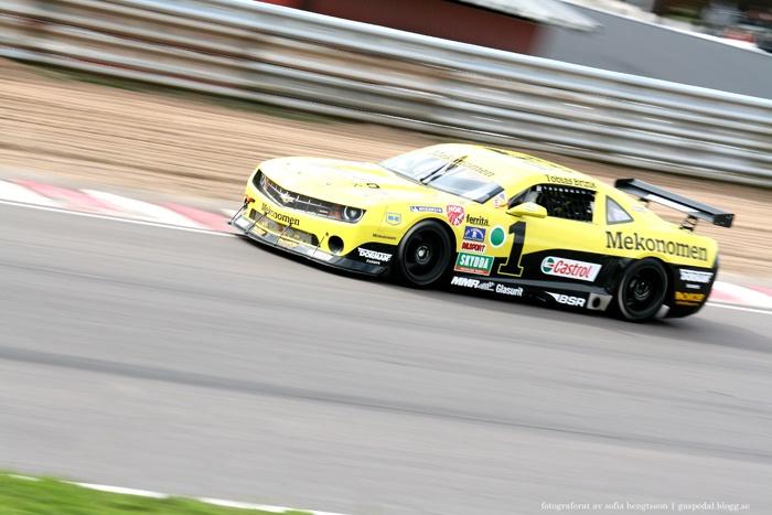 Camaro Cup-föraren Tobias Brink på Knutstorp. #racing #motorsport #car #bil #cars #bilar #chevrolet #chevroletcamaro #speed #photography #foto