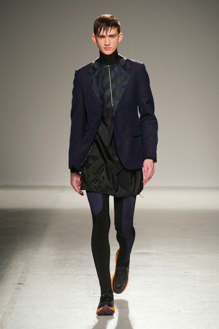 galliano men Last july, for instance, just after another successful menswear show, galliano  was convinced that he'd invented the future of male footwear.