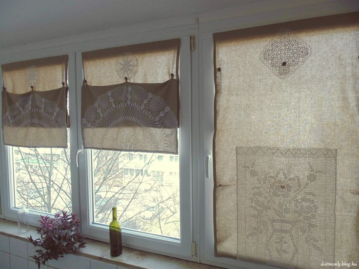 Window shades with lace and velcro tape by Monika Tobias. http://doitmonly.blog.hu