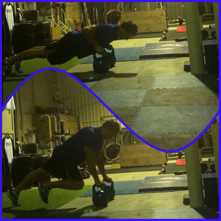 Double KB Push-Up with knee drive. #pushupproject365 #rawfast