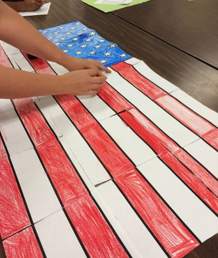 Collaborative Classroom Curriculum ~ Free american flag collaboration poster for veterans day