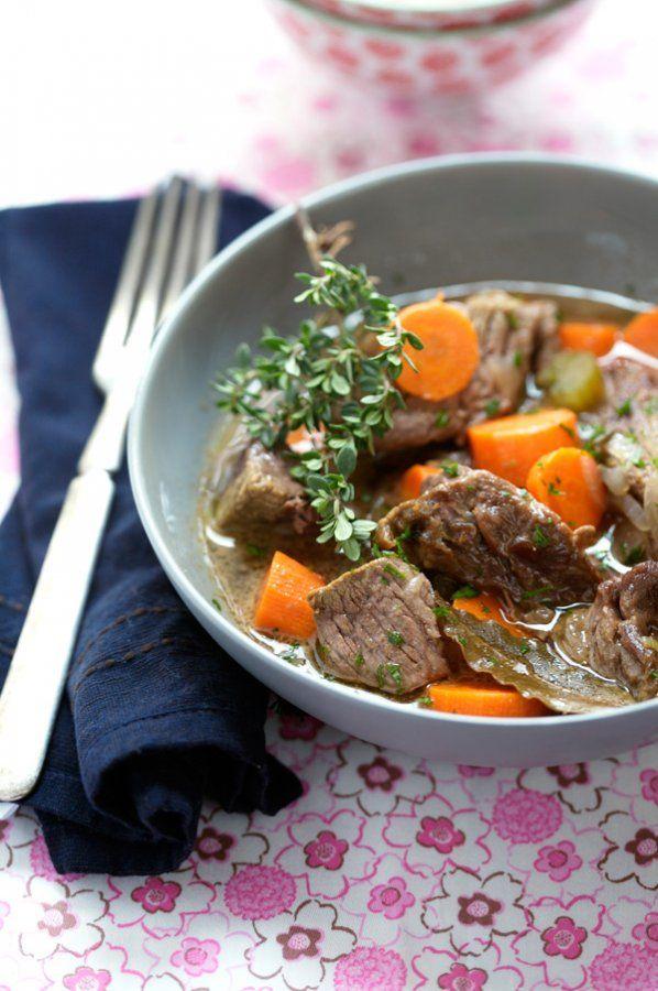 Μοσχάρι με καρότα και λευκό κρασί | MpesVges.com