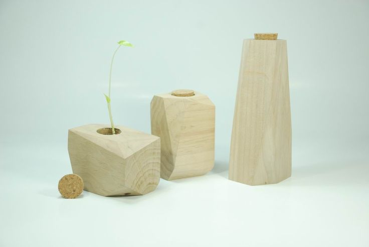 夏当原创创意木质家居 自然 宁静 。 沁心的木质花器 。。 枯木也会再逢春。http://www.duitang.com/people/mblog/28695925/detail/